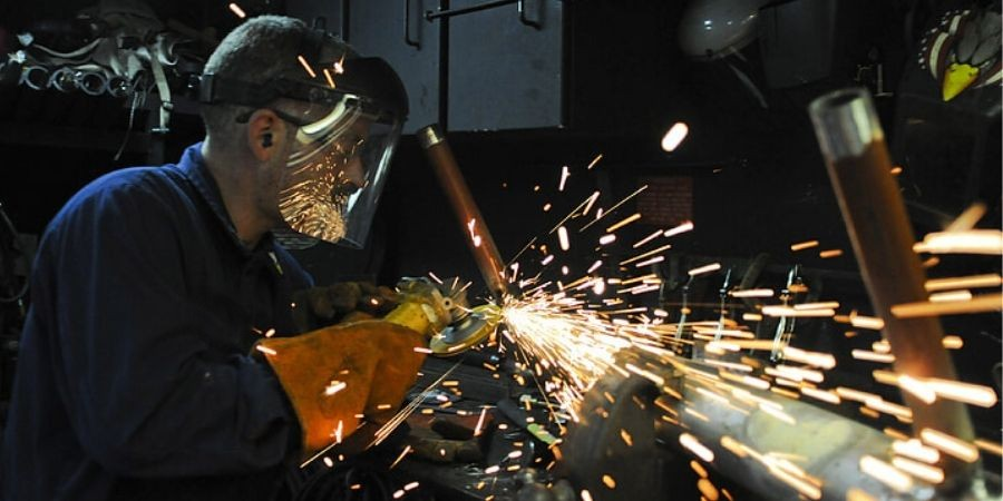 Industrial learnings for metal industry via animation
