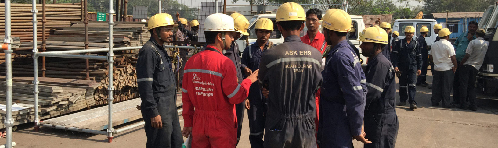 ASK-EHS Scaffolding team working on site in India
